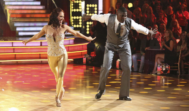 Dancing With The Stars Fall 2013, episode1: Sharna Burgess & Keyshawn Johnson
