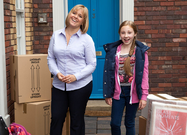 Danny's wife Sam and his daughter Peri move into the village.