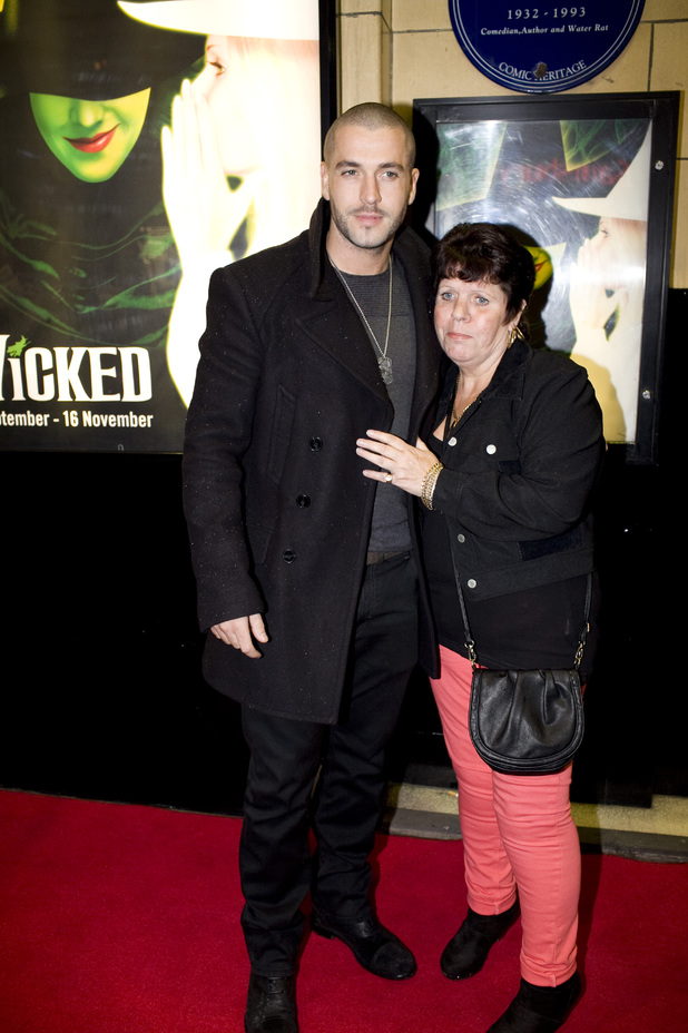 Showbiz: Wicked Tour red carpet