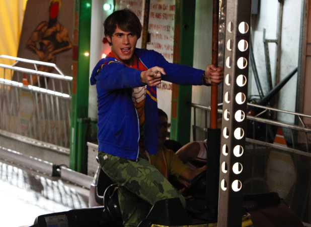 "Glee ""Love Love Love"""