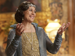 Kiri Te Kanawa as Dame Nellie in 'Downton Abbey' episode 3