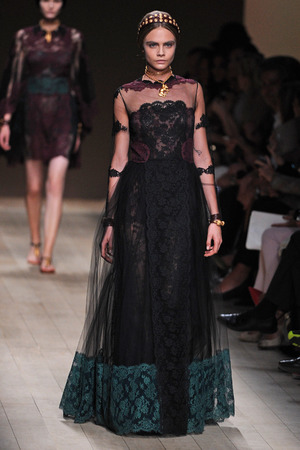 Valentino show, Spring Summer 2014, Paris Fashion Week, France - 01 Oct 2013 Cara Delevingne on the catwalk 1 Oct 2013