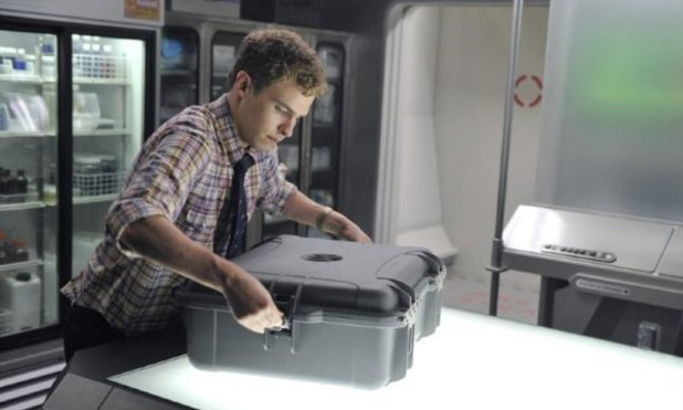 "Iain De Caestecker in Marvel's Agents of S.H.I.E.L.D episode 2: ""0-8-4"""