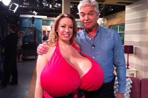 Phillip Schofield, Chelsea Charms