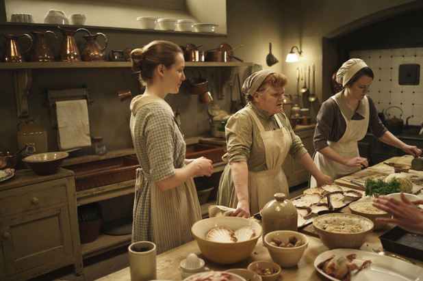 Ivy, Mrs Patmore and Daisy