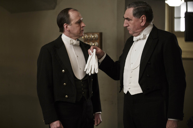 Kevin Doyle as Molesley and Jim Carter as Mr Carson in 'Downton Abbey' episode 3