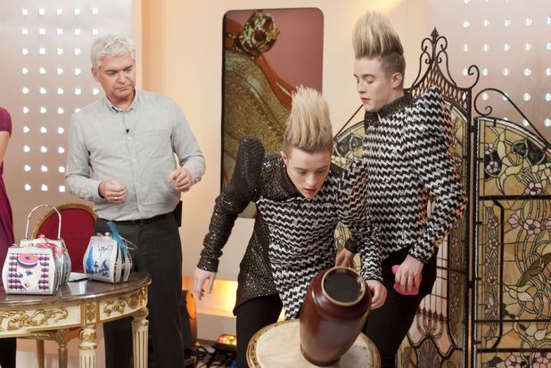 'This Morning' TV Programme, London, Britain - 21 Nov 2011Phillip Schofield and Jedward - John and Edward Grimes 21 Nov 2011