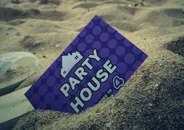 E4 series 'Party House'