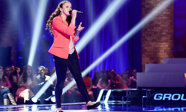 Simone Torres sings for a place in the girl's group on The X Factor USA