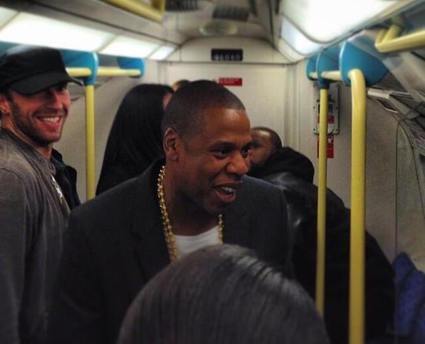 Jay Z, Chris Martin, Timbaland travel on the Tube