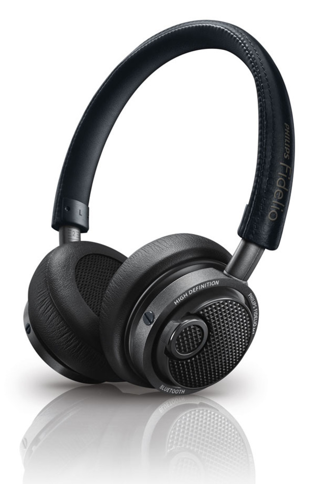 Philips Fidelio M1 Bluetooth headphones