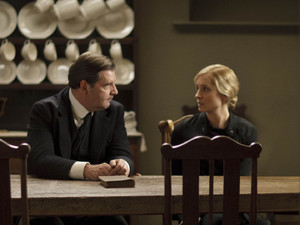Brendan Coyle as Bates and Joanne Froggatt as Anna in 'Downton Abbey' S04x05