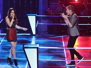 Nic Hawk and Grey sing against each other in part 1 of 'The Voice' battles.