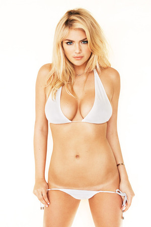 Kate Upton, topless