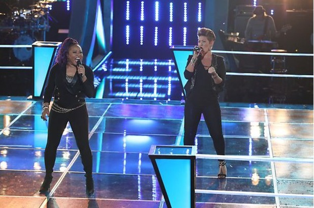 Donna Allen and Tessanne Chin sing against each other in part 1 of 'The Voice' battles.
