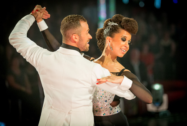 Natalie and Artem dance the Quickstep