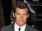 Josh Brolin 'checks into rehab'