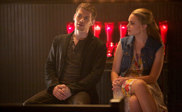 Joseph Morgan as Klaus and Leah Pipes as Cami in The Originals S01E04: 'Girl in New Orleans'
