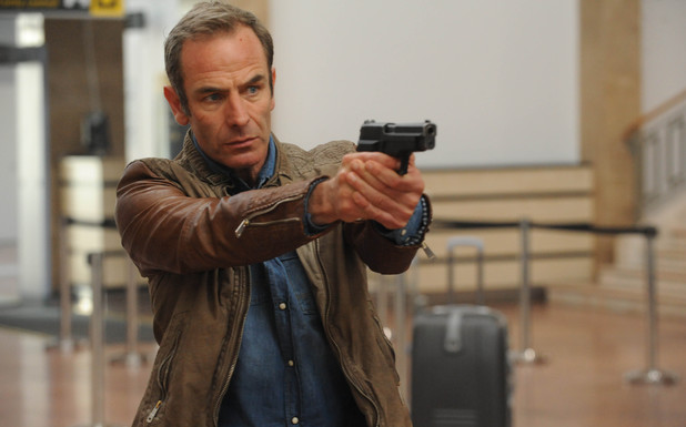 Robson Green in Strike Back: 'Shadow Warfare' (Season 4)