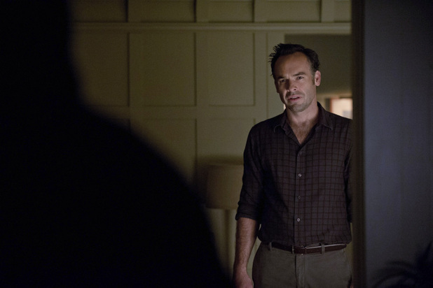 Paul Blackthorne as Quentin Lance in 'Arrow' S02E03: 'Broken Dolls'