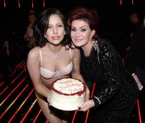 Lady Gaga presents Kelly's cake to Sharon Osbourne