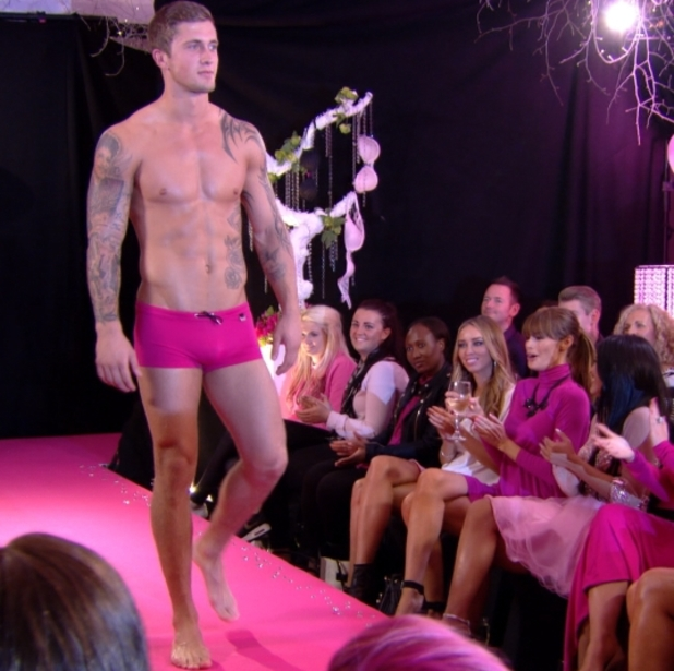 Dan Osborne models pink pants in TOWIE
