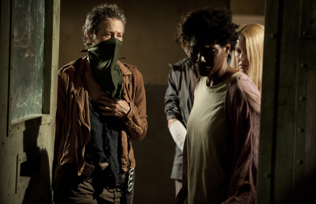 Carol (Melissa Suzanne McBride) and Jeanette (Sherry Richards) in The Walking Dead: 'Infected'
