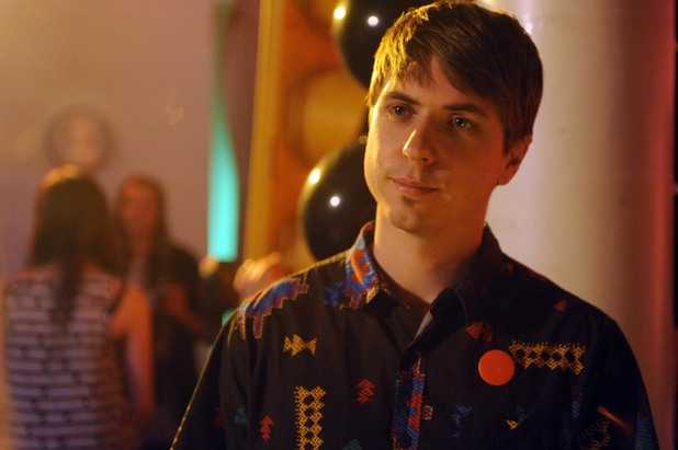 Joe Thomas as Kingsley in 'Fresh Meat' Series 3 - Episode 1