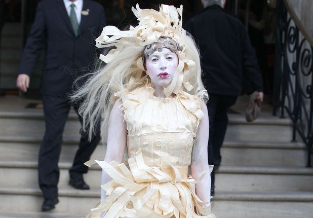 Lady Gaga out and about in London, Britain - 28 Oct 2013 Lady Gaga leaving her hotel 28 Oct 2013