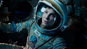 Simon and Emma from DS Movies give their thought on Alfonso Cuarón's 3D sci-fi 'Gravity'.