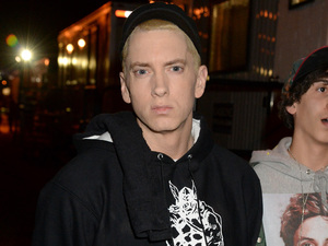 Eminem backstage at the YouTube Music awards 2013