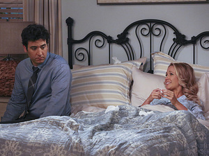 Josh Radnor as Ted & Anna Camp as Cassie in How I Met Your Mother: 'The Lighthouse'