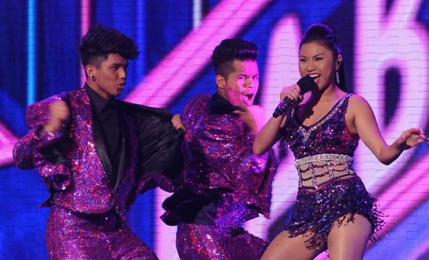 X Factor USA Live Show 2: Elona Santiago