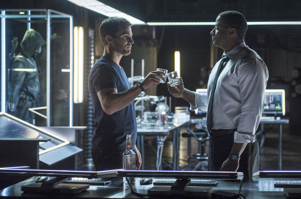 Stephen Amell as Oliver Queen and David Ramsey as John Diggle in 'Arrow' S02E05: 'League of Assassins'