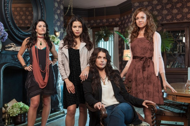 Julia Ormond, Jenna Dewan-Tatum, Mädchen Amick and Rachel Boston star in 'Witches of East End'