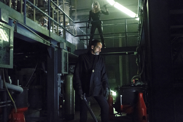 Caity Lotz as Canary and Navid Negahban as Al-Owal in 'Arrow' S02E05: 'League of Assassins'