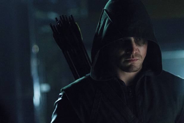 Stephen Amell as Oliver Queen in 'Arrow' S02E05: 'League of Assassins'