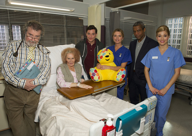 Catherine Tate and Mathew Horne with the cast of Holby