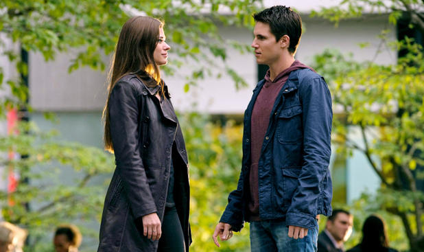 Peyton List as Cara and Robbie Amell as Stephen in The Tomorrow People episode 6: 'Sorry For Your Loss'