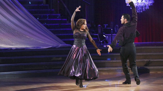 Leah Remini & Tony Dovolani on Dancing With The Stars week 10