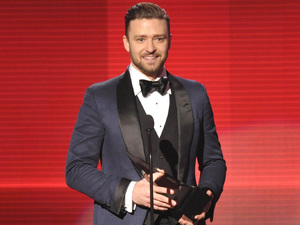 Justin Timberlake accepts the award for favorite album - soul/R&B for 'The 20/20 Experience' at at the American Music Awards