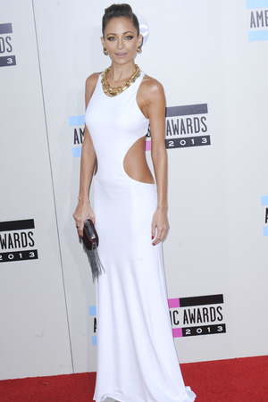 Nicole Richie arrives at the American Music Awards at the Nokia Theatre L.A. Live on Sunday, Nov. 24, 2013, in Los Angeles