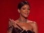 Rihanna receives 'Icon Award' at AMAs