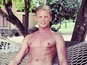 Jeff Brazier shares sexy holiday snaps