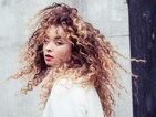 Ella Eyre performs acoustic show at fairground - watch