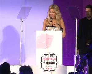 Ellie Goulding wins at Cosmopolitan Ultimate Women Awards