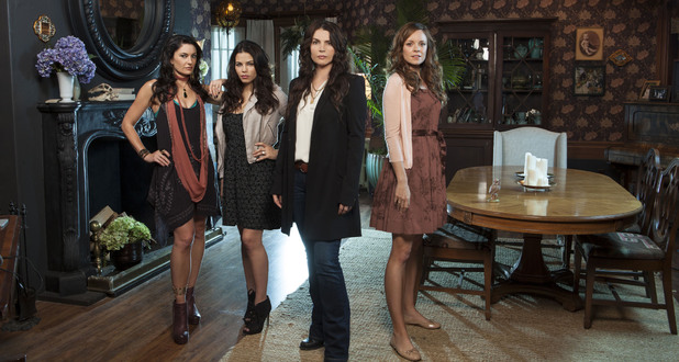 Julia Ormond, Jenna Dewan-Tatum, Rachel Boston and Mädchen Amick, the cast of 'Witches of East End'