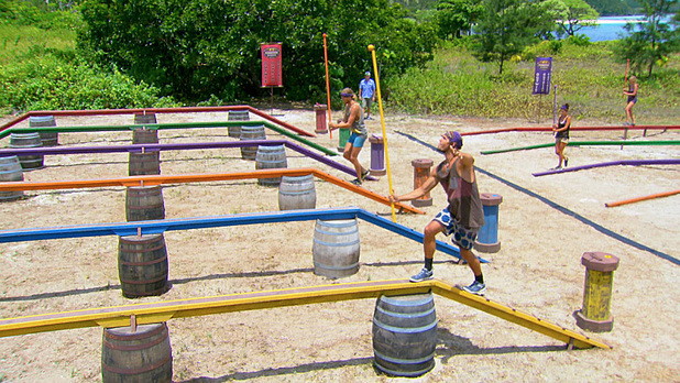 Tyson, Hayden, Ciera and Katie compete for Immunity during the twelfth episode of Survivor Blood vs Water: 'Rustle Feathers'