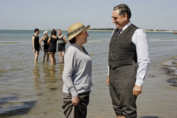 Phyllis Logan as Mrs Hughes and Jim Carter as Mr Carson in Downton Abbey Christmas Special