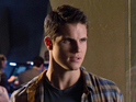 Robbie Amell says that he hopes the CW show will return for a second run.